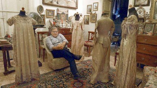 Gabriele Arezzo di Trefiletti, collezionista di abiti che raccontano ...