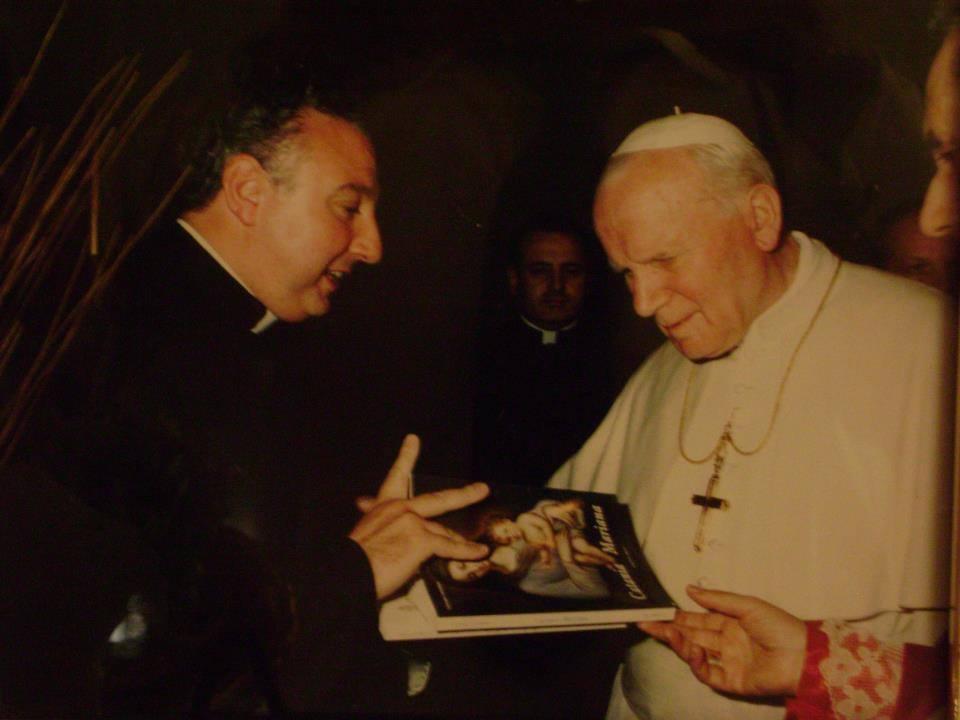 Monsignor Lanzafame e Papa Giovanni Paolo II