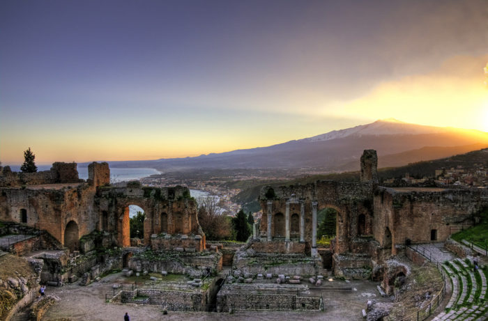 Taormina col suo teatro greco è candidata a divenire un prossimo sito UNESCO
