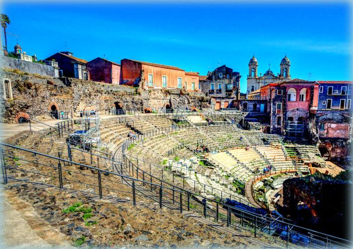 la platea del teatro greco romano di catania