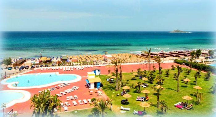 Isola delle Femmine in vendita vista dalla costa del Saracen Hotel