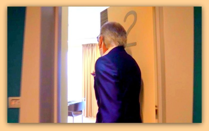 Ibis accoglie positivi Covid-19: l'intervista prosegue nelle camere