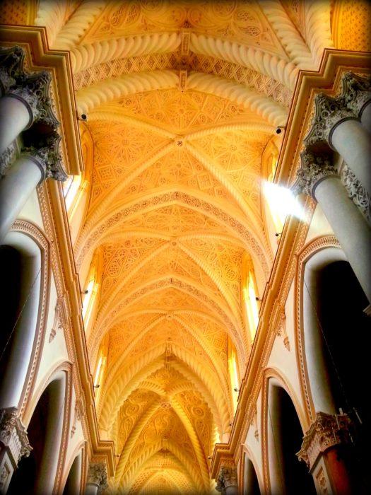 diario del nostro viaggio in Sicilia: l'interno del Duomo di Erice
