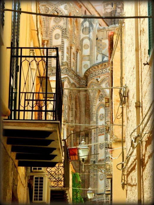 diario del nostro viaggio in Sicilia: sullo sfondo il Duomo di Monreale