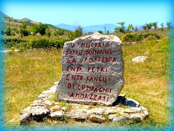 Particolare Memoriale Portella delle Ginestre Foto Salvo Zappalà