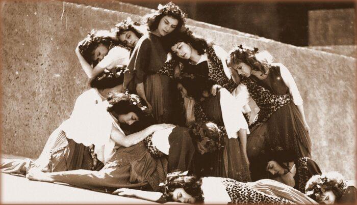 """il Teatro greco di Siracusa vive questa estate grazie a """"INDA 2020 Per Voci Sole""""!"""