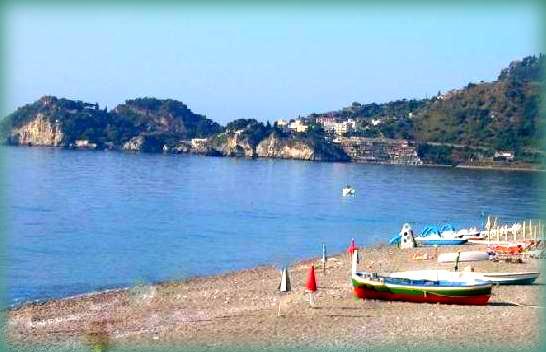 10 meraviglie da vedere a Taormina: le spiagge