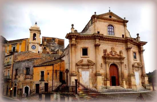 7 storie di fantasmi nella sicilia orientale: chiesa santissime anime di ragusa ibla