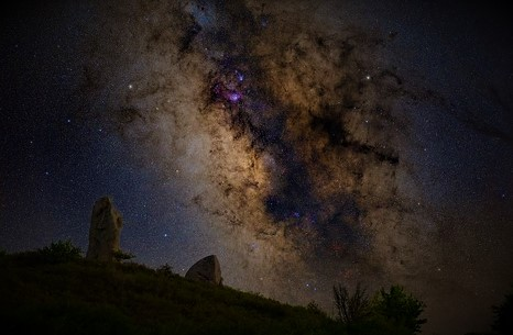 argimusco la stonehenge siciliana: notturno