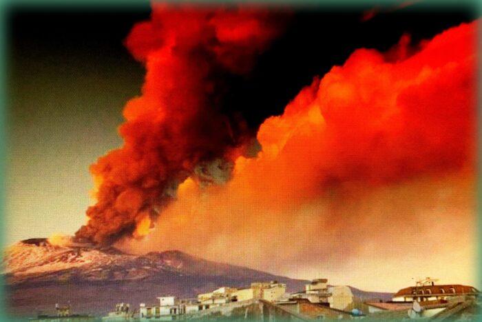 etna la montagna di fuoco: nell'eruzione del febbraio 2021
