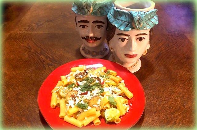 la mia pasta con le zucchine fritte... foto saverio garufi